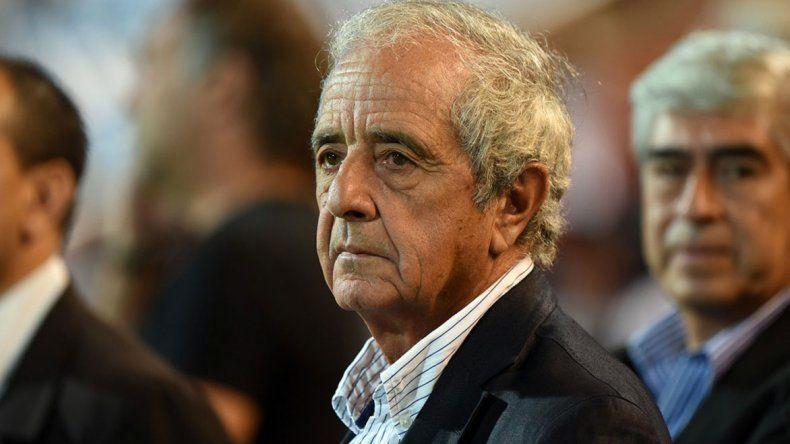 Rodolfo DOnofrio no ocultó su enfado con la negativa de Instituto de jugar este domingo.