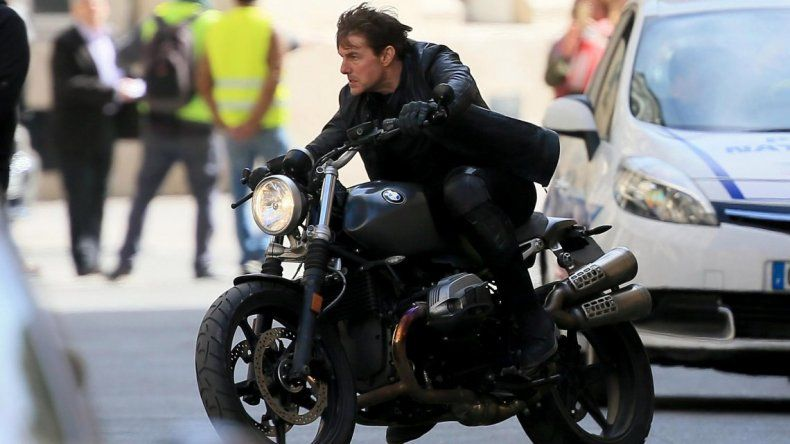 Suspenden las grabaciones de Misión Imposible 6 tras el accidente de Tom Cruise