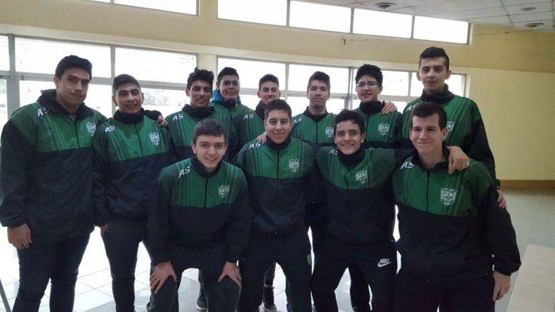 Los chicos del plantel de Gimnasia y Esgrima de la categoría U19.