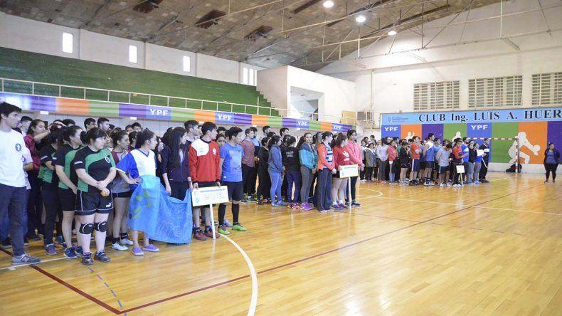 El acto del torneo Intersedes Universitario se llevó a cabo ayer en el Huergo.