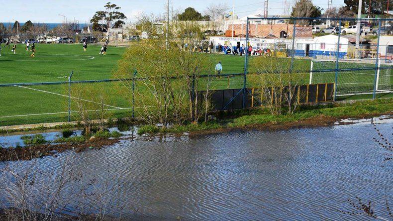 La laguna que inicialmente se formó por las recientes lluvias