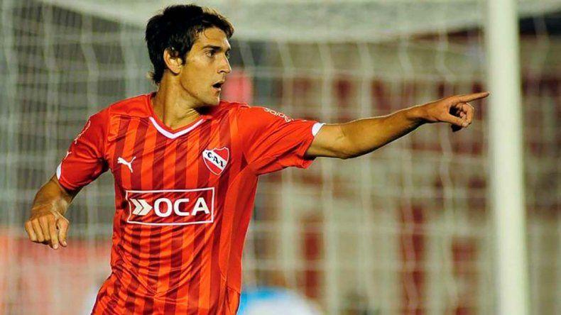 Lucas Albertengo podría ser titular esta noche cuando Independiente visite a Atlético Tucumán.