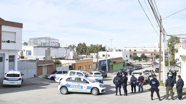 La policía continúa abocada a dar con los dos asesinos de Jeremías Nogales