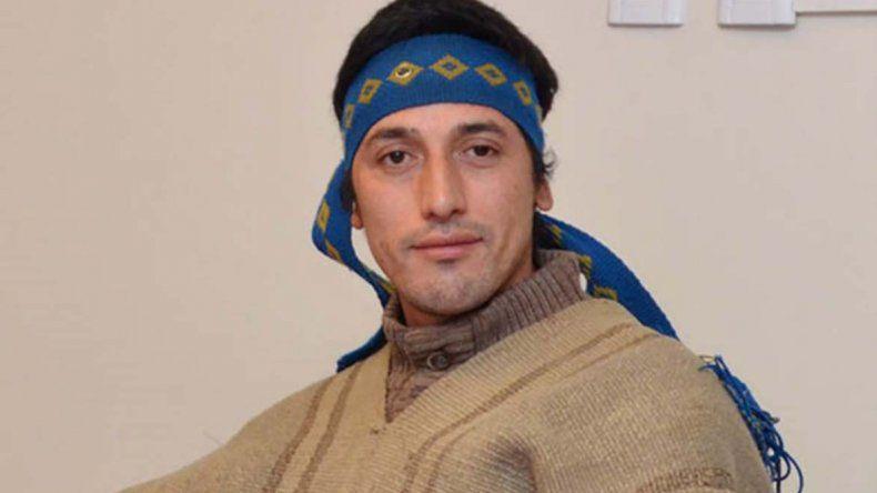 Facundo Jones Huala permanece detenido en Esquel a la espera del juicio que se realizará en Bariloche durante septiembre y en el que se resolverá su posible extradición a Chile.
