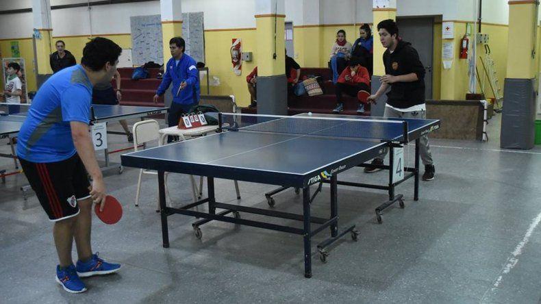 En Palazzo se juega el 3º Torneo de Tenis de Mesa