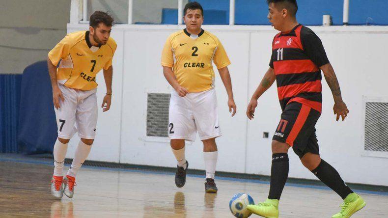 El torneo Apertura de fútbol de salón tuvo otro fin de semana a pura definición.