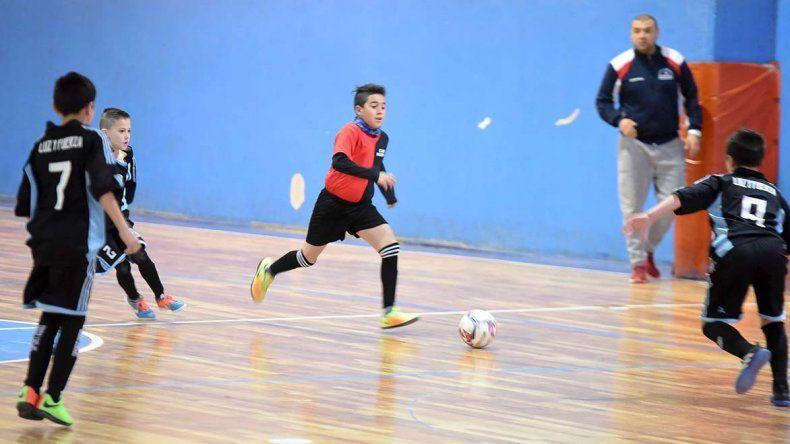 Los chicos disputaron la undécima jornada del torneo de futsal Copa Mario Amado-Alberto Bellido.