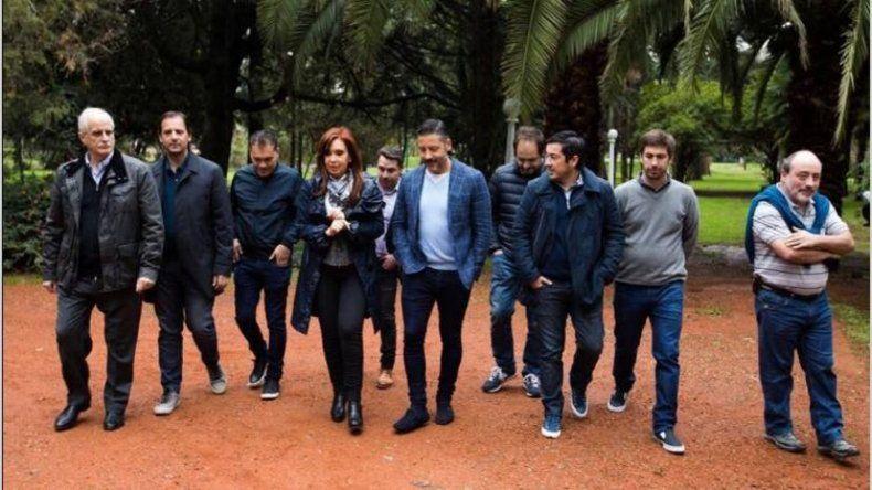 Cristina continúa reuniéndose con intendentes para planificar octubre