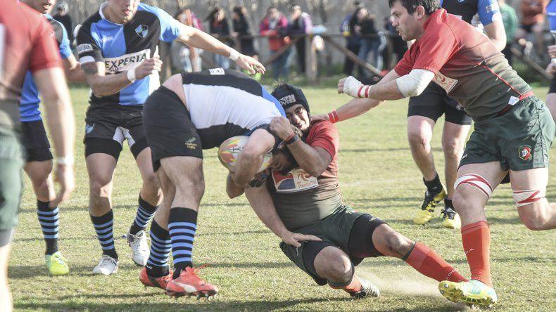 Calafate se llevó de cancha de Deportivo Portugués una gran victoria por el inicio del torneo Regional Patagónico de la Zona Ascenso.