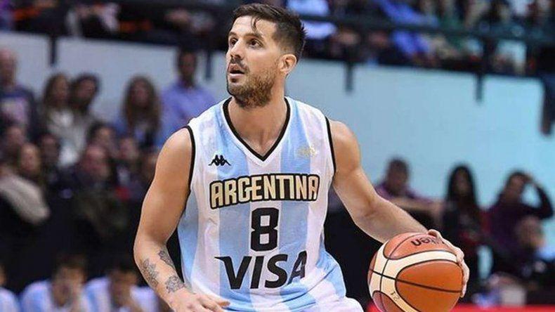 Nicolás Laprovíttola es uno de los bases de la selección argentina de básquetbol.