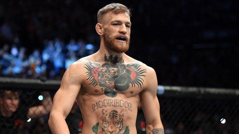 McGregor tras la derrota: Mayweather no me tiró, fue el cansancio