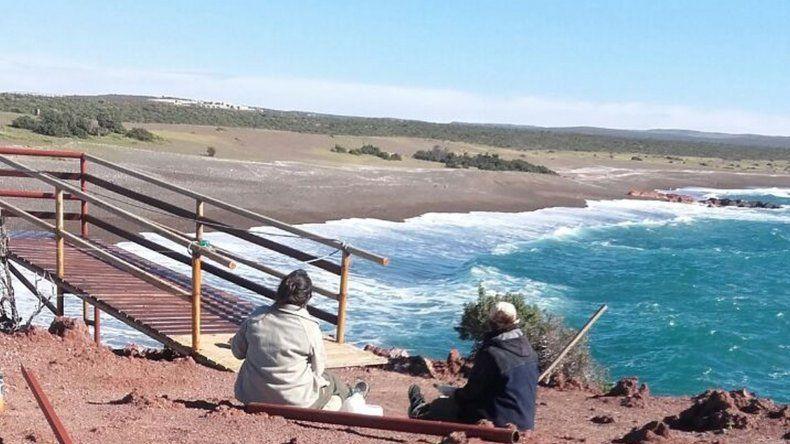 Realizan trabajos de mantenimiento en Punta Tombo para la temporada de turismo