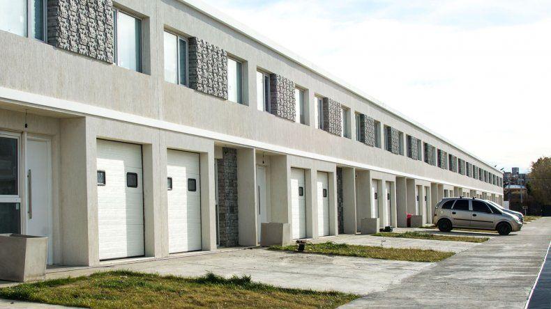 Los dúplex que la Mutual del Sindicato de Petroleros Jerárquicos de la Patagonia Austral construyó en Kilómetro 5.