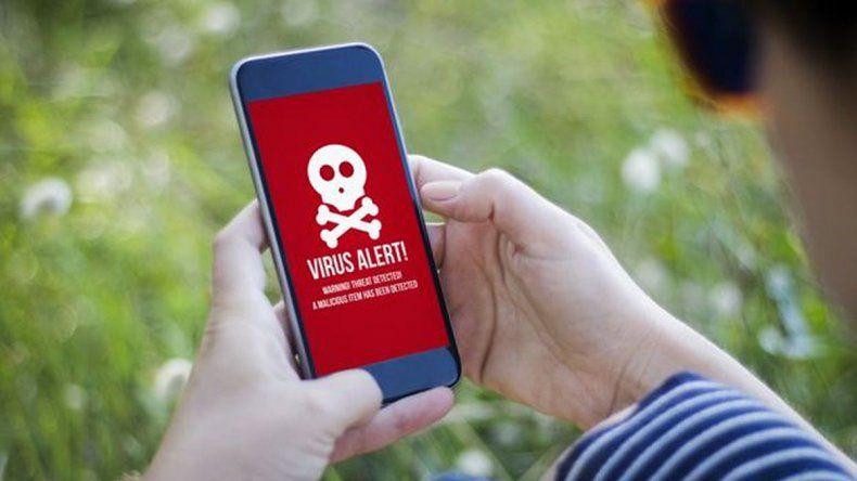 Aplicaciones de Google Play espiaban tu teléfono y robaban datos