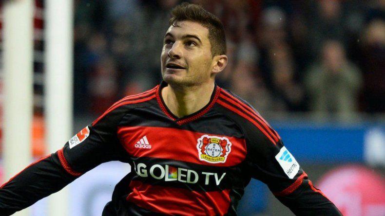 Lucas Alario ya es jugador del Bayer Leverkusen