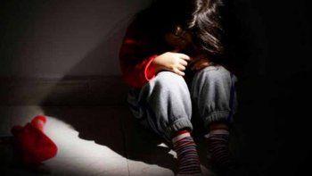 Prohibición de acercamiento para el padre denunciado por abuso