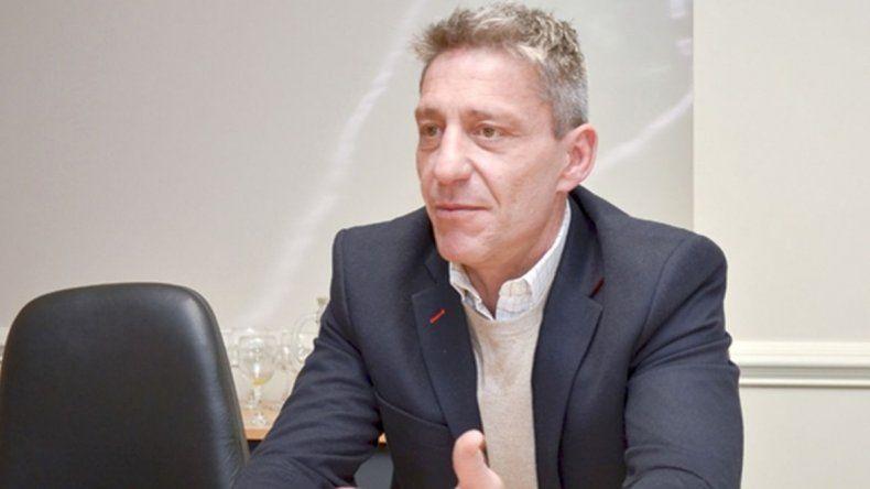 Arcioni recibió a intendentes para evaluar  obras que se ejecutan con el bono provincial