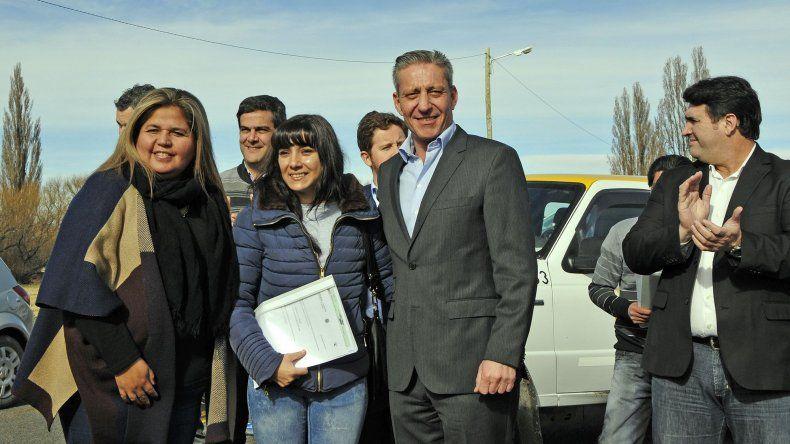 Mariano Arcioni al encabezar ayer el acto de habilitación de la Ruta 7 tras su repavimentación.