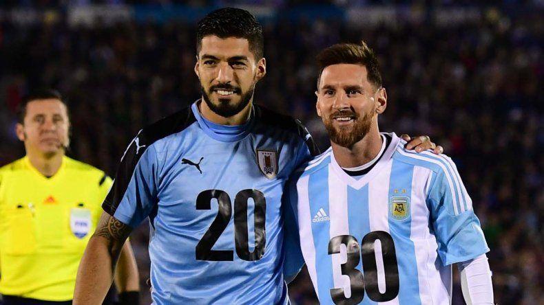 Leo Messi y Suárez apoyaron la  candidatura para  el Mundial 2030