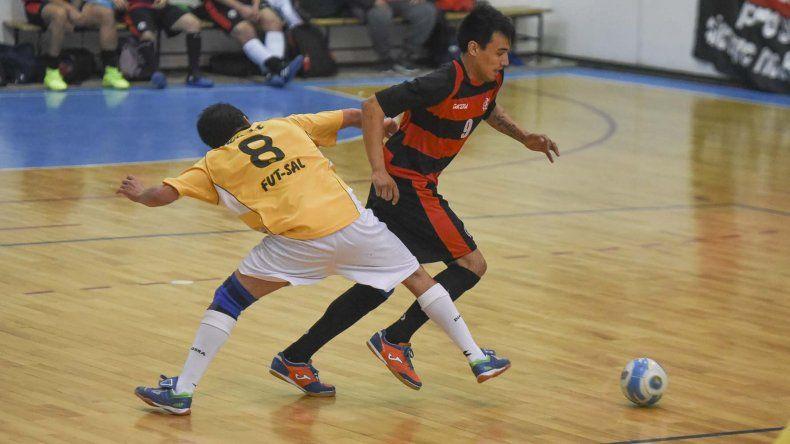 El fútbol de salón de Comodoro Rivadavia comenzará esta tarde la definición del torneo Apertura en la División de Honor.