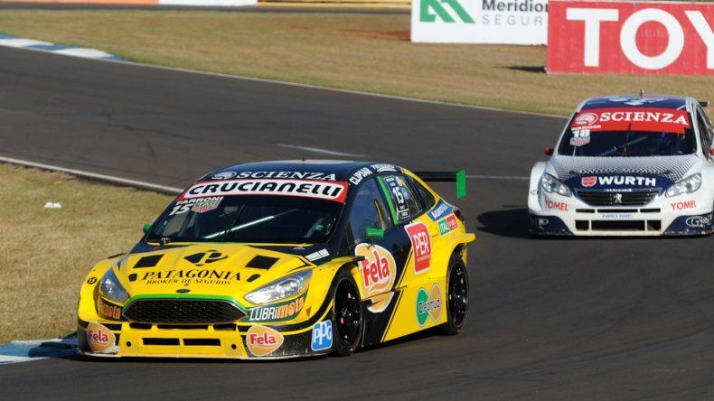 El Ford Focus que conduce el comodorense Luciano Farroni que este fin de semana espera ser protagonista en el Súper TC2000.