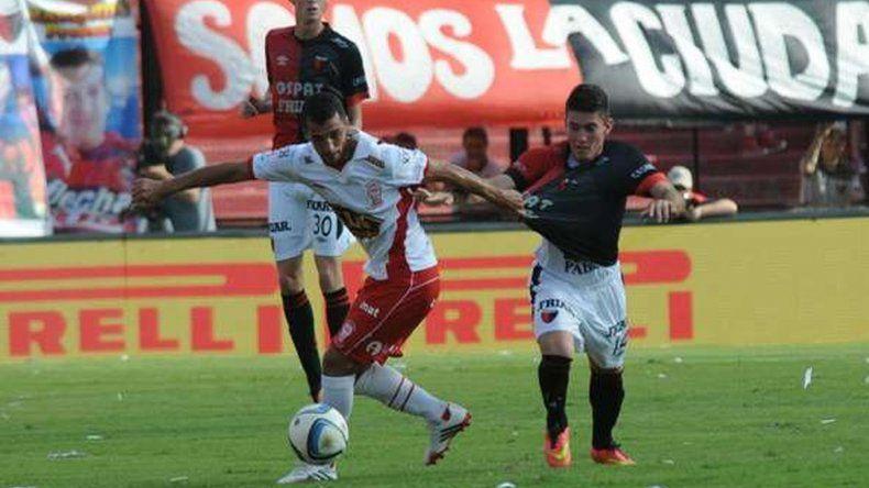 Huracán le ganó a Colón de Santa Fe por 1-0