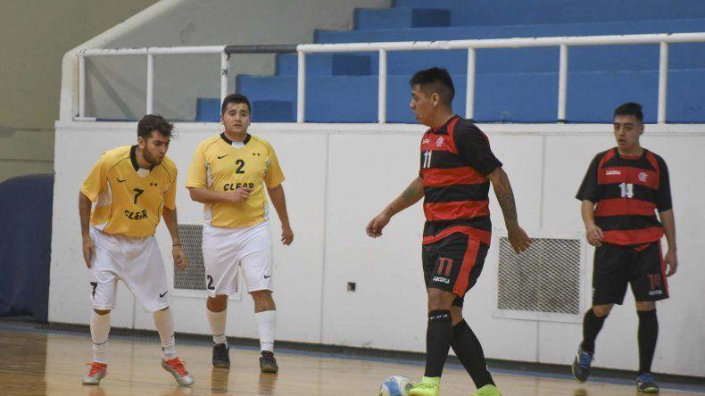 Esta noche se jugará en el gimnasio municipal 1 la segunda final del torneo Apertura de fútbol de salón.