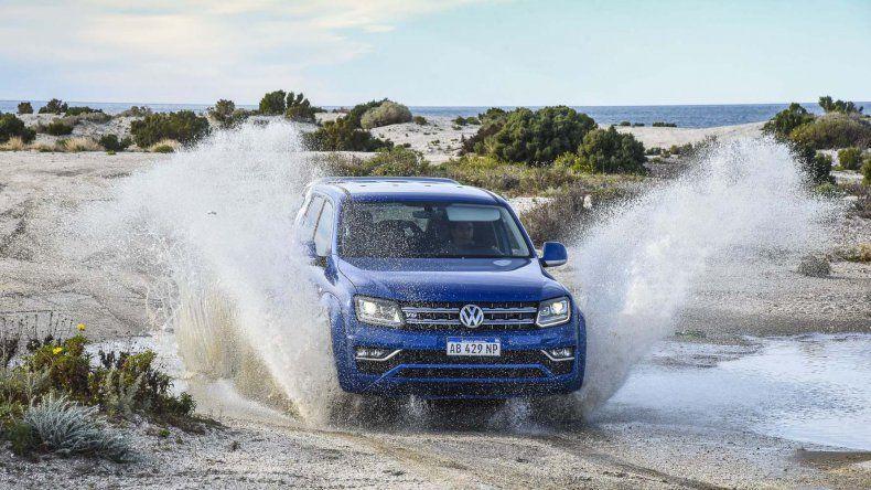 En la playa conocida como Bajada de los palitos un equipo de El Patagónico probó la nueva Amarok V6.