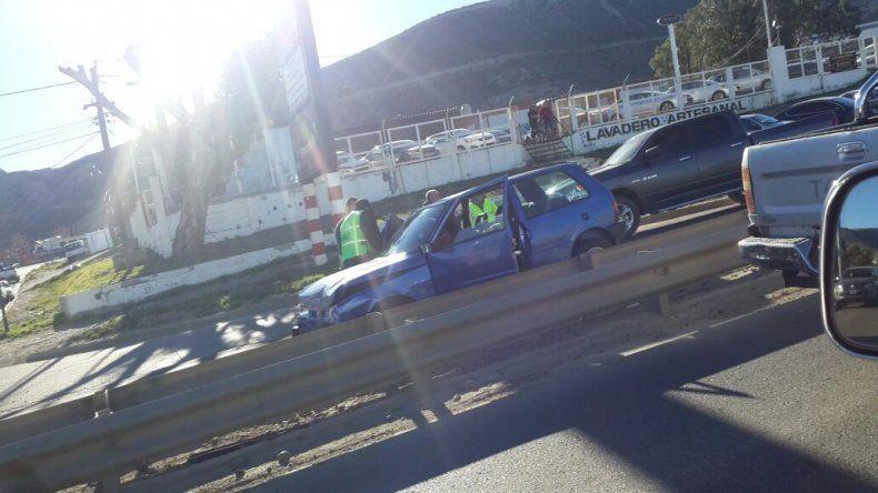 Otro choque en el nuevo semáforo colapsó el tránsito