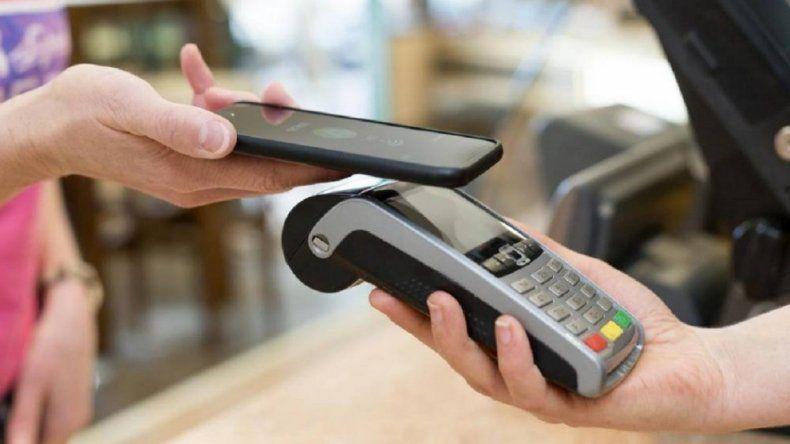 ¿Cómo comprar, transferir plata y cobrar planes con el celular?