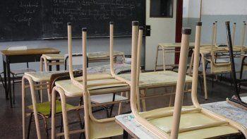 En Comodoro Rivadavia hay más de 40 escuelas sin clases a raíz de la medida de fuerza de los auxiliares de la educación.