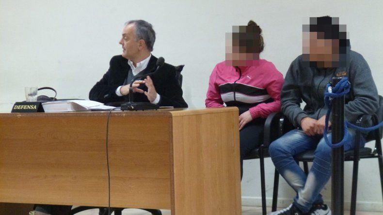 Leandro Almonacid recibió un mes de prisión preventiva y su pareja Cyntia Cárcamo quedó en libertad.
