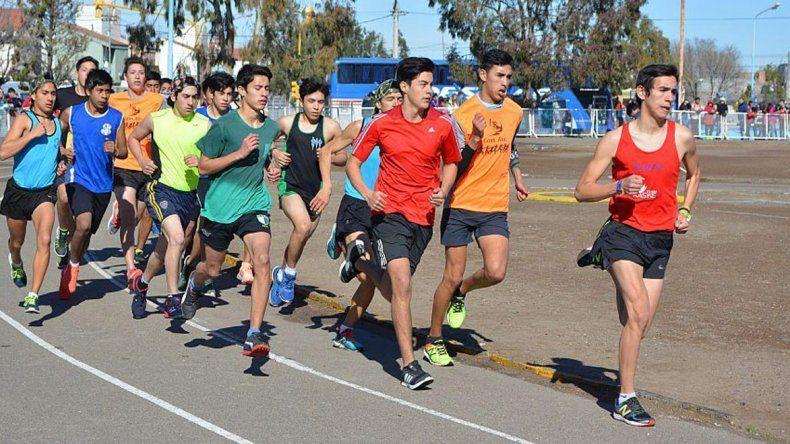El atletismo fue una de las actividades que se llevaron a cabo por la segunda instancia Provincial de los Juegos Evita.