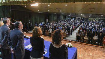 La tradicional ceremonia que se desarrolló ayer en la Universidad Nacional de la Patagonia San Juan Bosco.