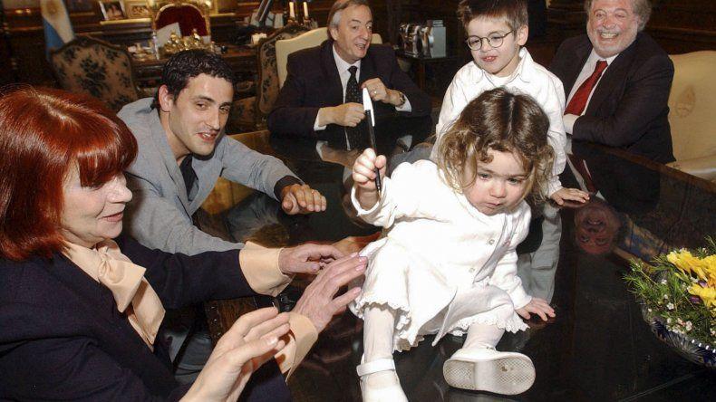 La beba por la que el país rezó, celebra sus 15 con la familia de su donante