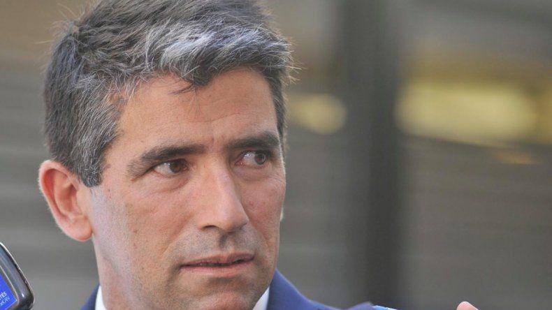 Raúl Sendic presentó su renuncia indeclinable y sería reemplazado por Lucía Topolansky
