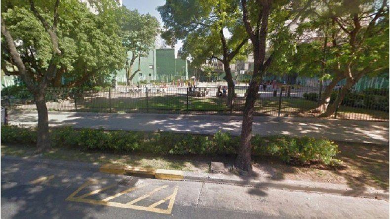Violaron a dos nenas en una plaza luego de robarles sus pertenencias