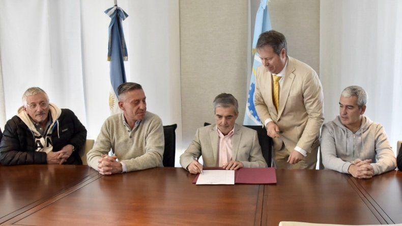 Das Neves reasumió al frente del Ejecutivo provincial