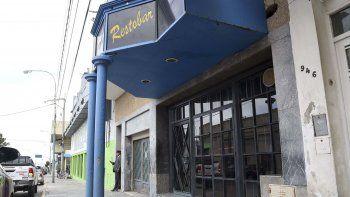 El pub donde se produjo el ataque que terminó con la vida de Luis Miguel Curiqueo.