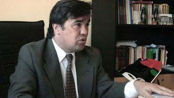 El fiscal federal Guillermo Marijuan exigió al Juzgado Federal de Río Gallegos que arbitre los medios necesarios para desactivar el conflicto laboral en el yacimiento minero.