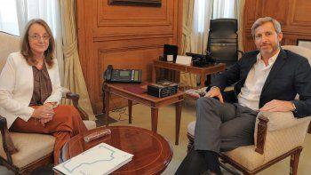 La gobernadora Alicia Kirchner solicitó al ministro Frigerio que interceda ante el Banco Nación por la segunda cuota de préstamo.