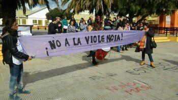 Piden al gobierno acciones en defensa de los docentes víctimas de violencia