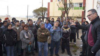 La reunión que se desarrolló ayer en la antigua planta del barrio Industrial.