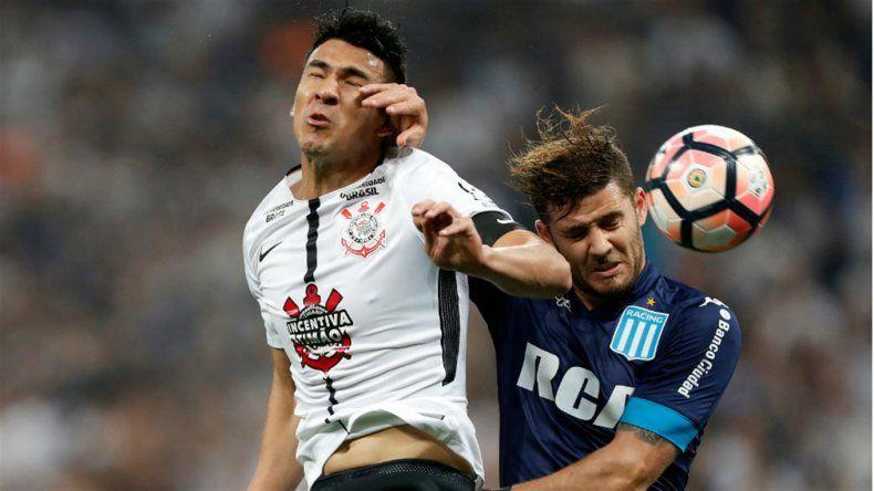 Racing rescató un empate frente a Corinthians en Brasil