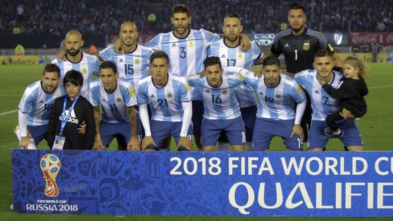 Argentina descendió en el ranking de la FIFA