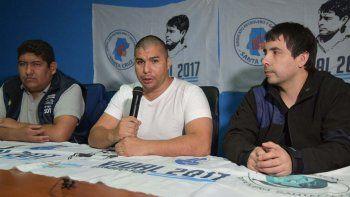 El secretario gremial, Rafael Guenchenén, dijo que el sindicato petrolero presentará una denuncia ante estrados judiciales para que se investiguen los hechos delictivos que empañan el proceso electoral.