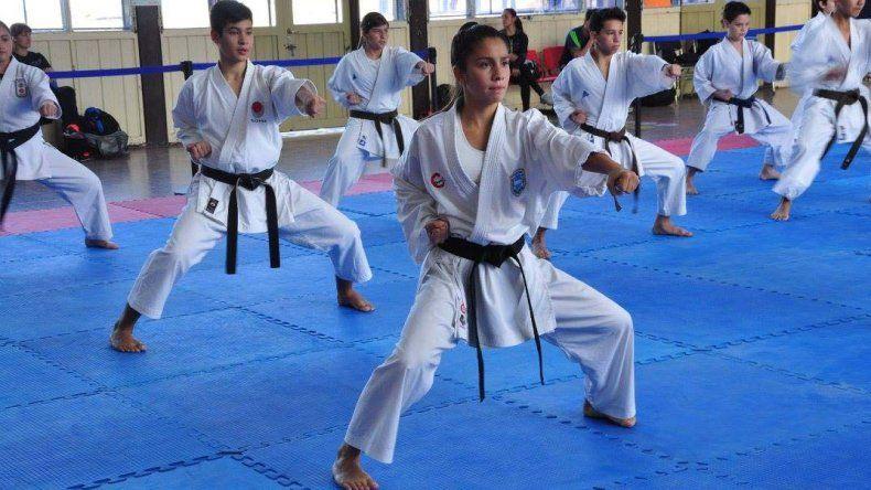 La escuela Itosu Kai de karate-do participará con cinco practicantes de la instancia nacional de los Juegos Evita 2017.