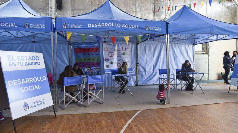 El Gimnasio municipal Nº2 fue escenario del programa El Estado en tu barrio en su segunda semana.