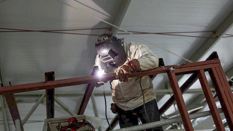 En Comodoro  la desocupación creció más del  doble en un año