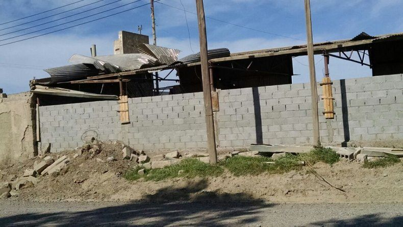 Foto enviada desde Whatsapp. Calle Pedro Pablo Ortega casi Ignacio Gatica